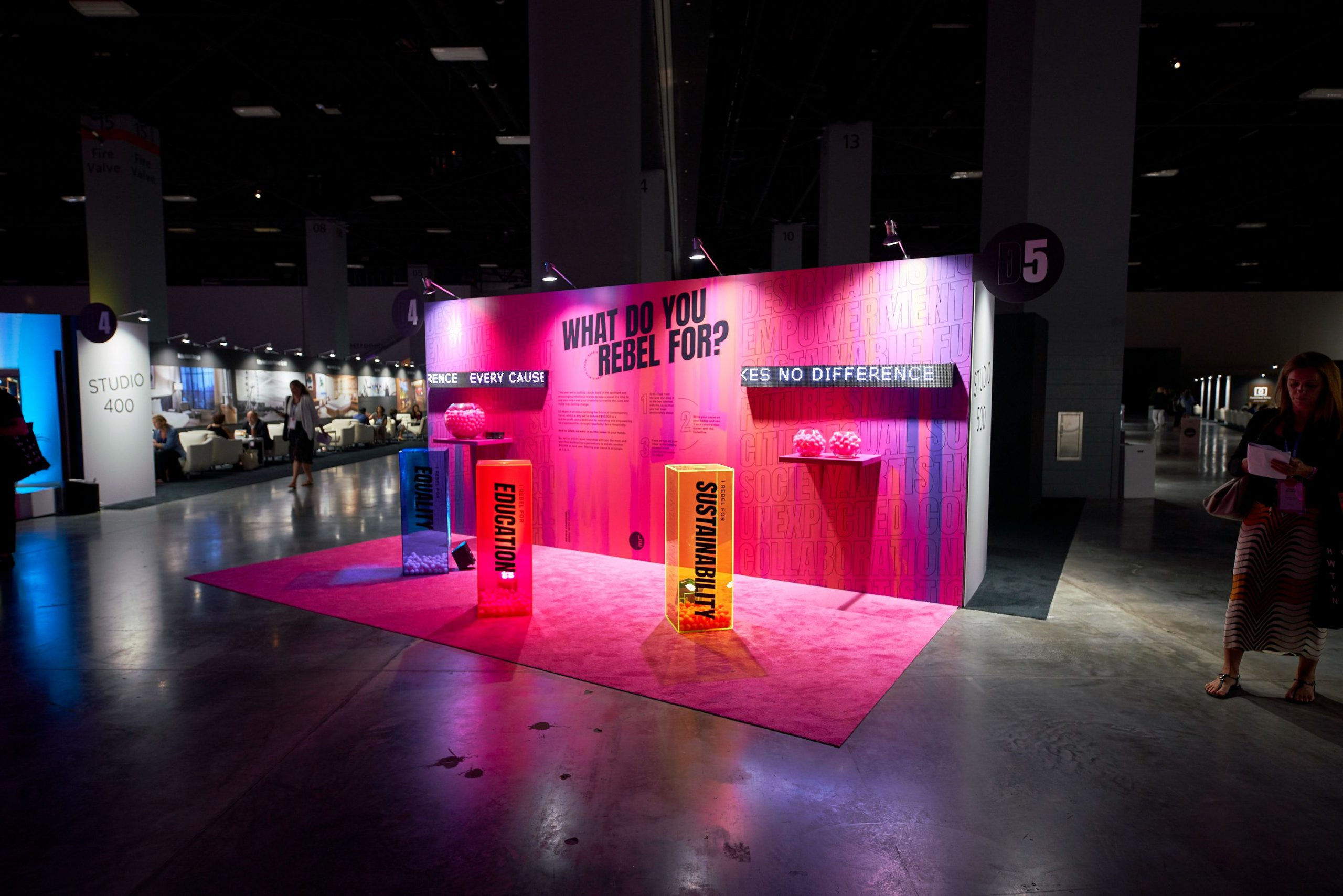 bright pink lighting for trade shows
